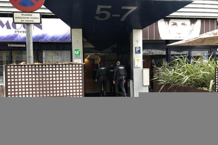 Not cies la gu rdia civil entra a una empresa del trade center per la investigaci del 3 - Sant cugat trade center ...