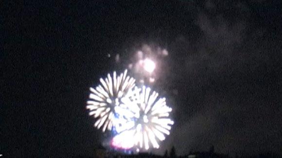 http://www.cugat.cat/fotos/imgtv/130630-festa_castell_focs.jpg