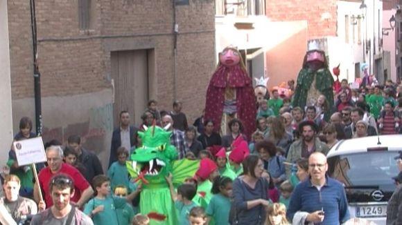 http://www.cugat.cat/fotos/imgtv/150425-cercavila-escoles.jpg