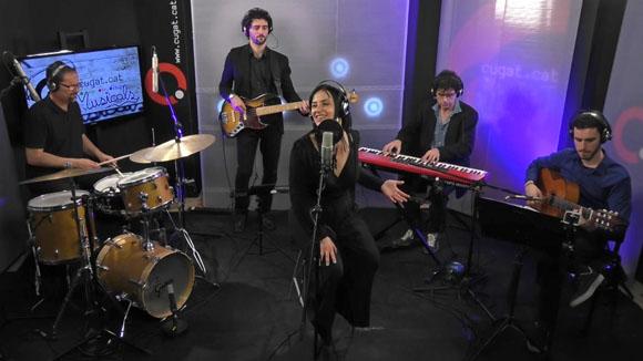 Anna Luna & Urub� en ac�stic a Cugat tv