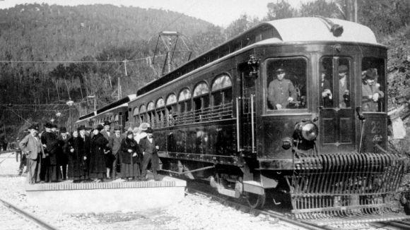 Cent anys de l'arribada del tren a les Planes i Sant Cugat